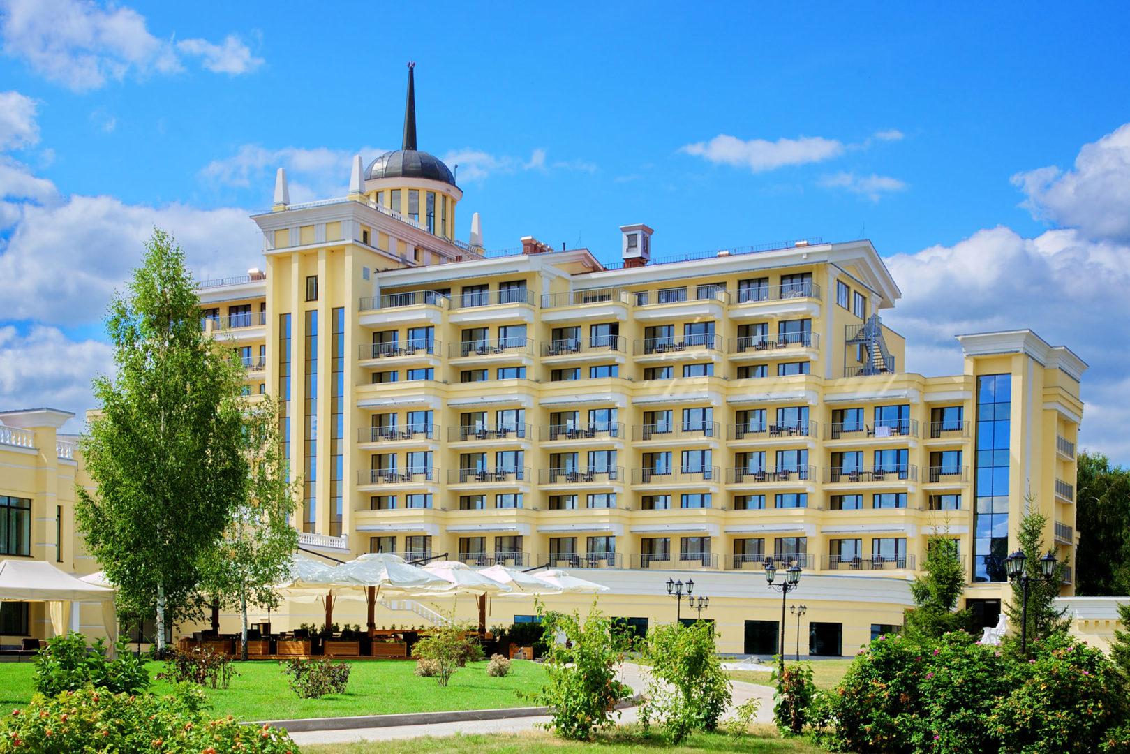 Отель M'Istra'L Hotel & SPA