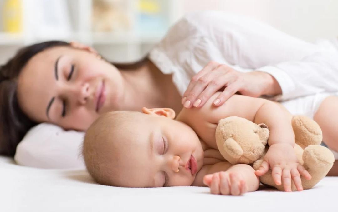 Мать и дитя в отеле Country Resort